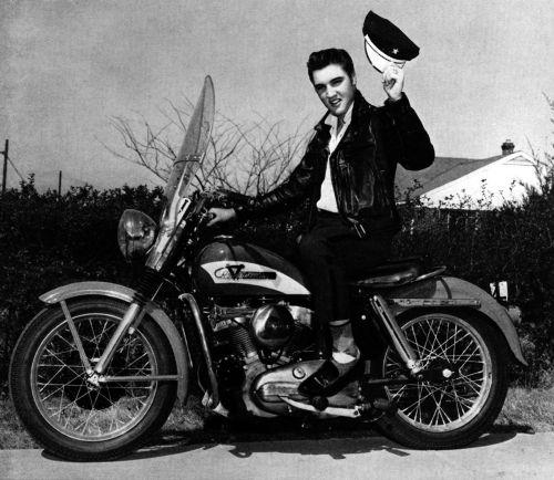 Elvis-Presley-image-elvis-presley-36527417-1000-868.jpg